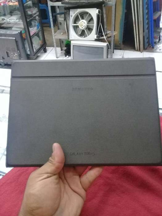 Tablet Samsung Tab S 10.5 T800 Y Cover