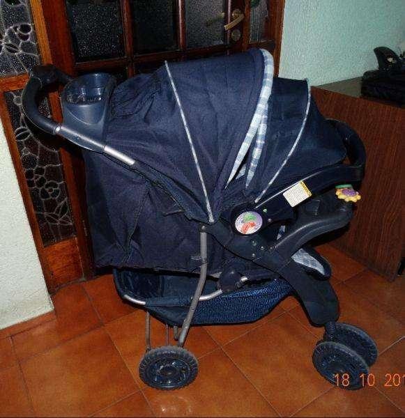 Vendo <strong>cochecito</strong> Infanti usado con huevito