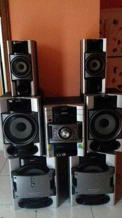 Equipo D Sonido 6 Parlantes Sony Genezi