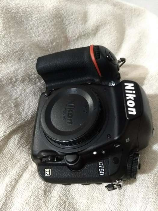 Cámara Nikon D750mm Impecable!