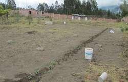Venta de Terreno con construcción en San Luis, Riobamba, Chimborazo.
