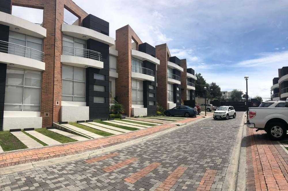 Linda Casa Renta San Juan Cumbaya