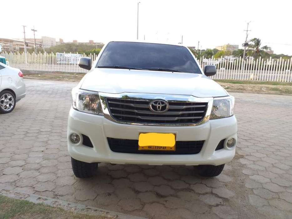 <strong>toyota</strong> Hilux 2013 - 94000 km