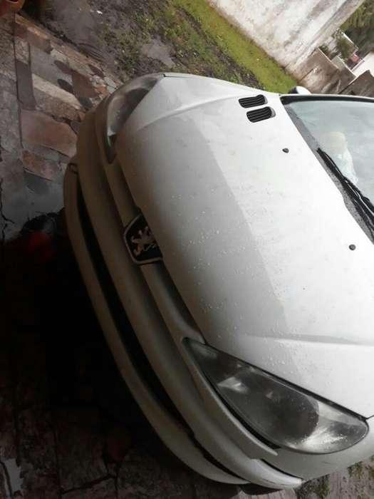 Peugeot 206 2003 - 230000 km