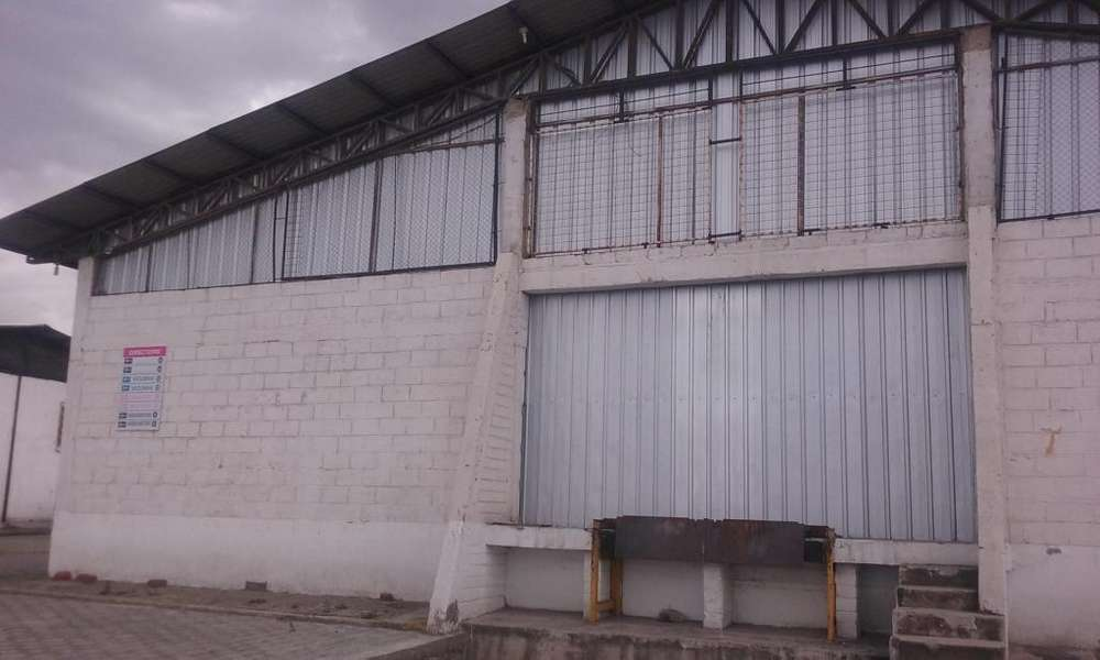 Calderón, Bodegas 1800 m2, terreno 5000 m2. vendo, ideal empresas de Logística