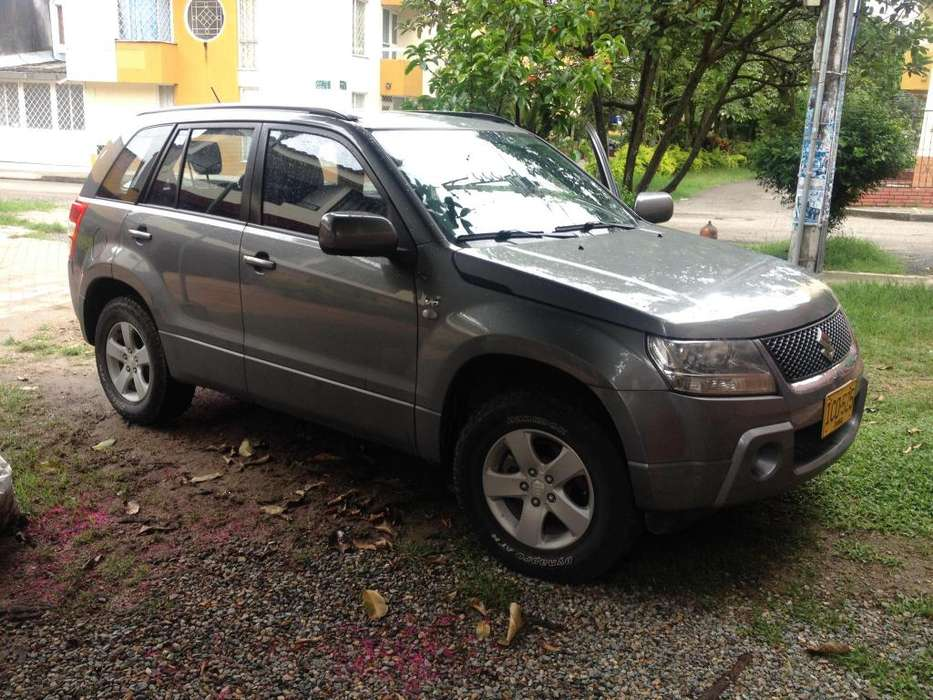 Suzuki Grand Vitara 2008 - 180000 km