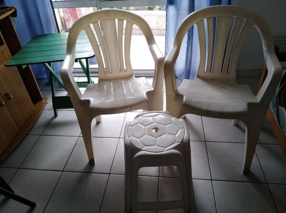 <strong>silla</strong>s de Plástico Y Banco