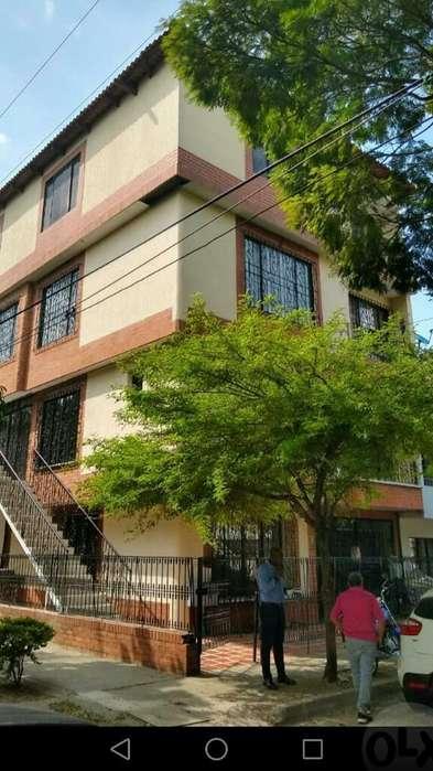 Se Vende Edificio en El Barrio El Caney