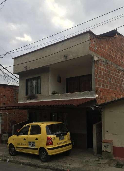 Casa 3 en 1 en Robledo Las Margaritas