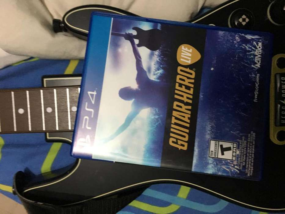 Guitar Hero Live PS4 1 guitarra
