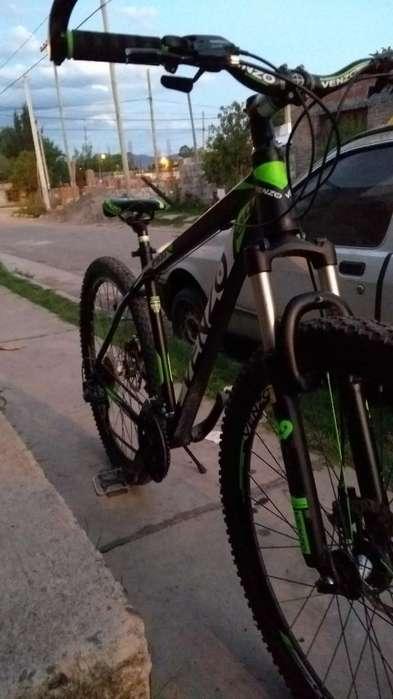 Vendo Hermoss Bicicleta Venzo Rodado 29