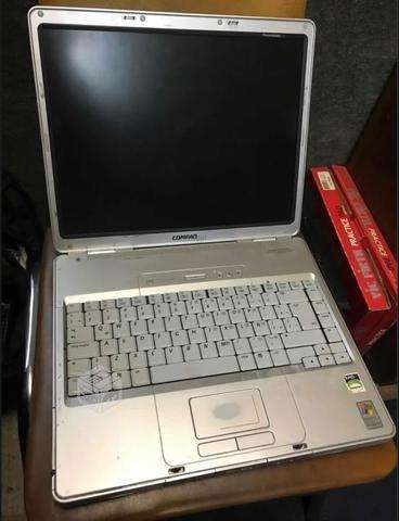 Vendo Notebook ....NO PRENDE.....700 HOY.....