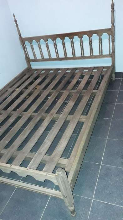 <strong>cama</strong> de Dos Plazas Muy Buen Estado