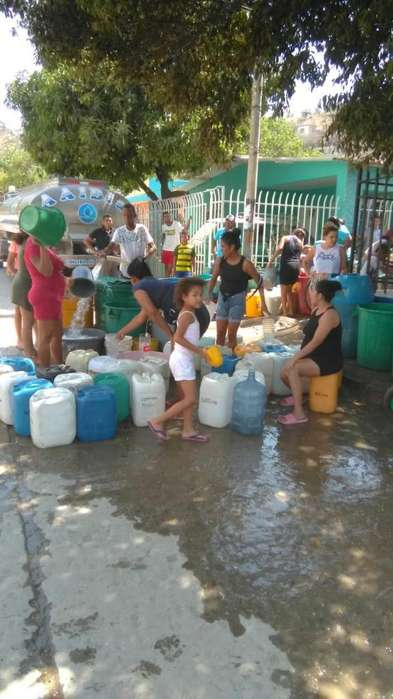 Agua en Carrotanque