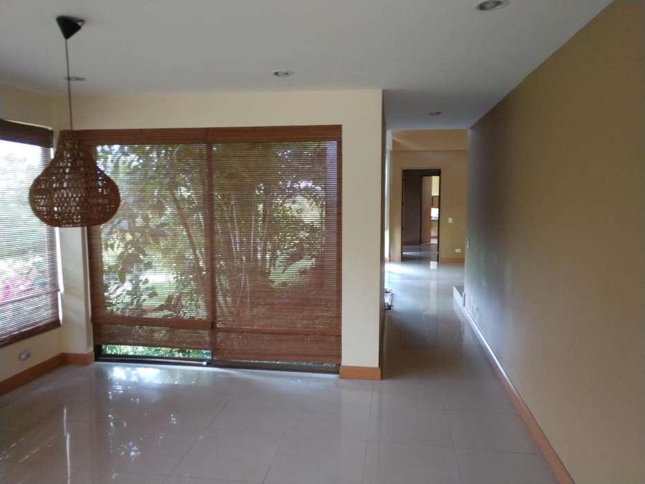 Se vende casa en Condominio Haciendas de Potrerito-Jamundí