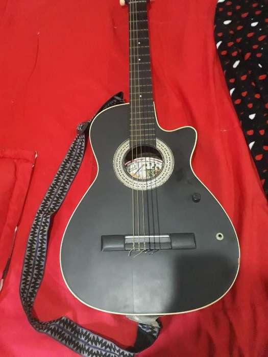 <strong>guitarra</strong> Electroacústica
