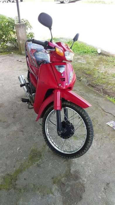 Vendo <strong>motoneta</strong> Yamaha Cripton Año 2008