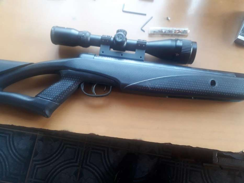 Vendo O Permuto Rifle Nitro Piston 5,5