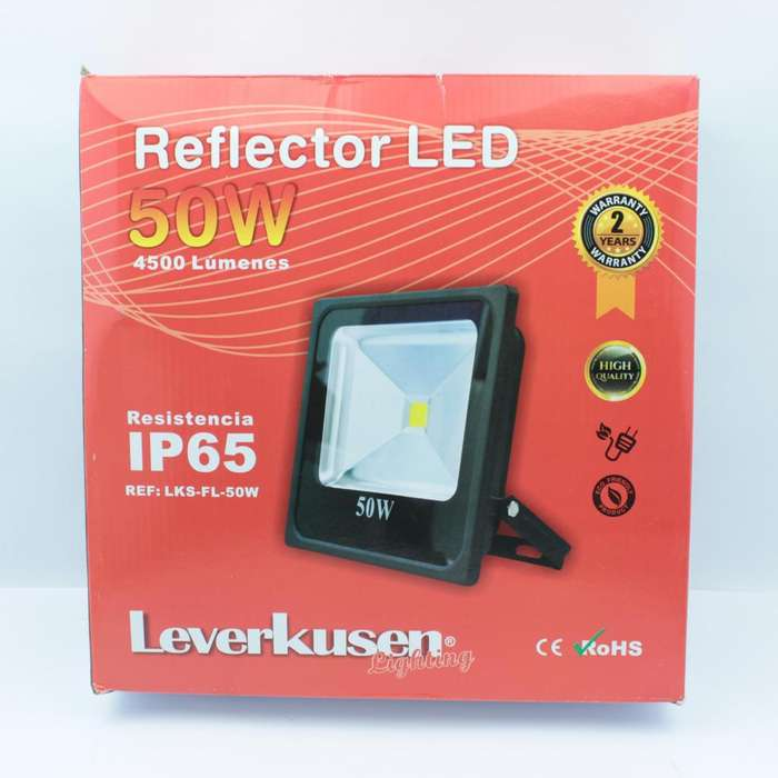 Reflector Luz Led 50w Multivoltage Proyector 4500 Lumenes