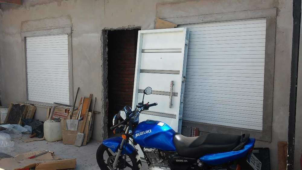 Vendo ,permuto por Auto <strong>suzuki</strong> En1252a