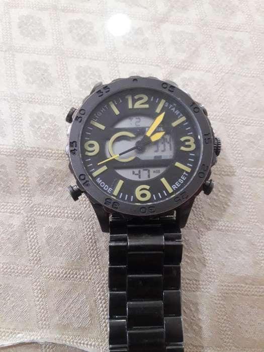 Vendo Reloj Fosil 100% Original.