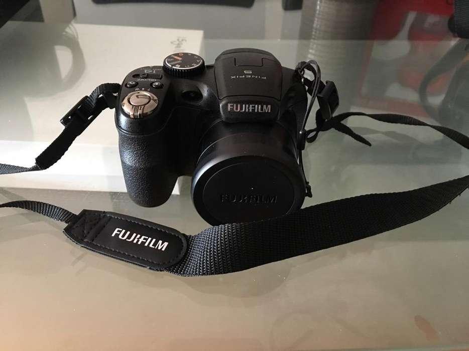 Camara Fujifilm Finepix S2950 (14 Mp)