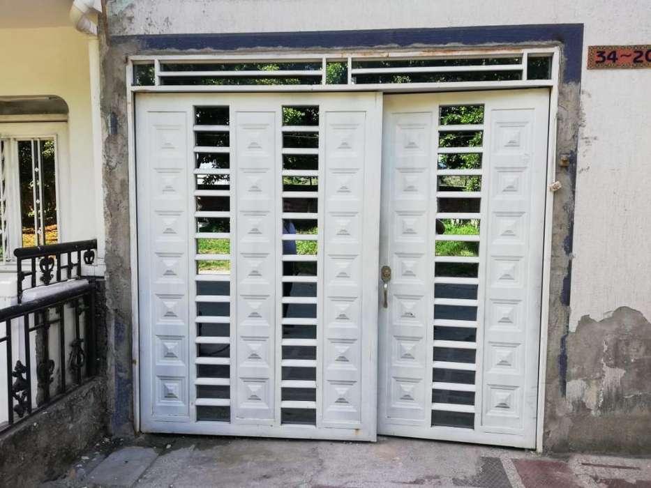 Vendo Puerta Garaje