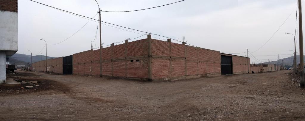 Local Industrial 5000 m2 de Estreno en VENTANILLA - Parque Porcino Zona 12