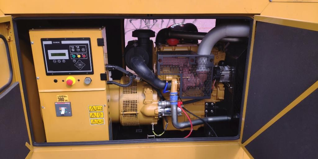 Alquiler Grupo Electrógeno de 25 A100 Kw