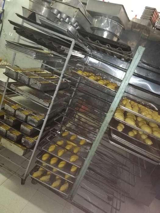 Se Vende Panadería Bien Ubicada