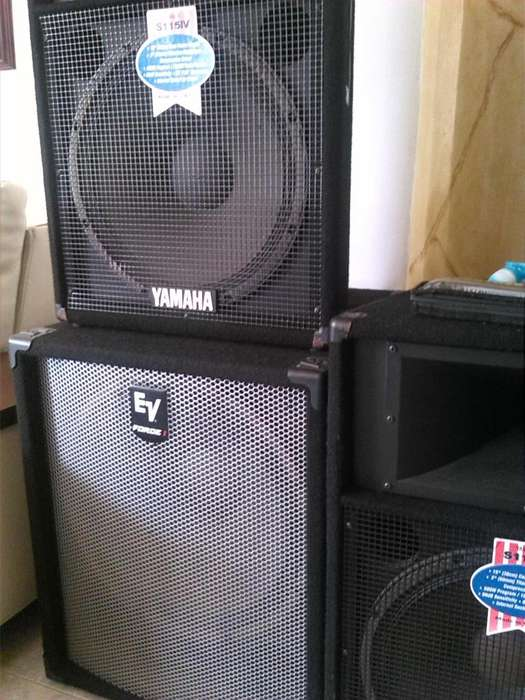 Cabinas Electro voice force i subwoofer 18 y yamaha s115IV de 15 ambas made in usa.