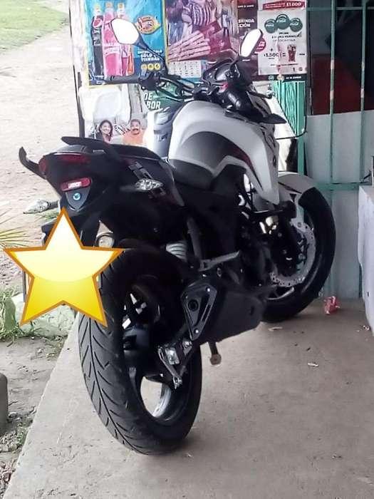 Vendo Moto Akt Cr5