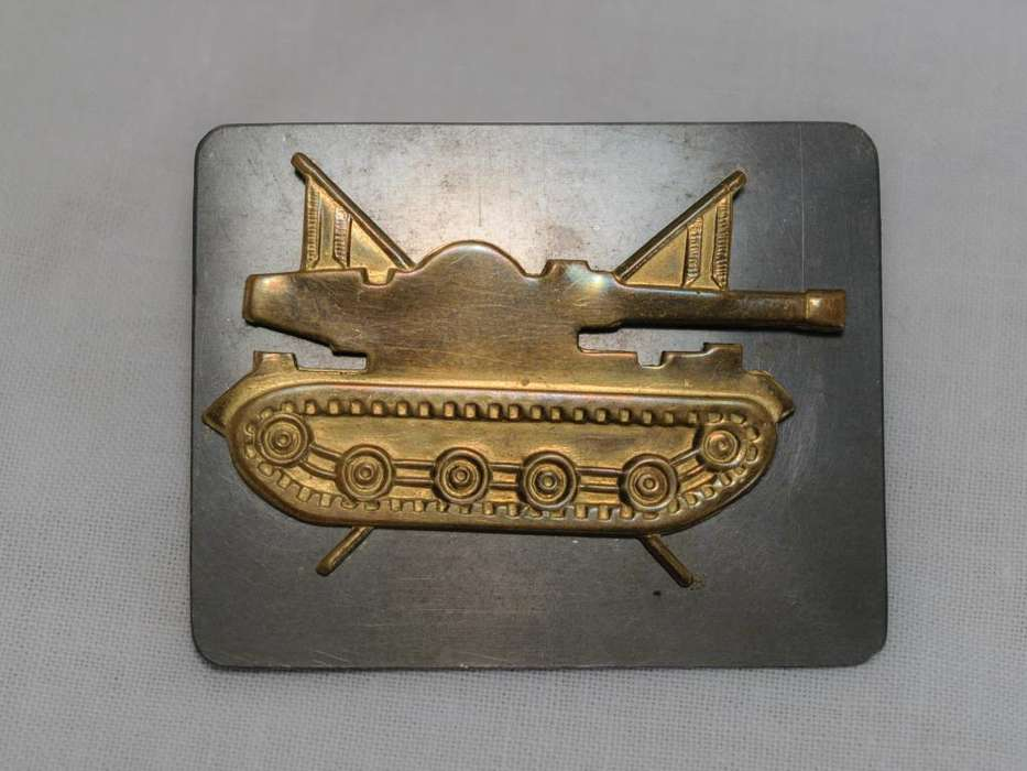 Insignia de caballería blindada para boina original