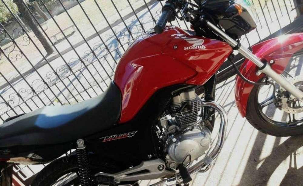 Vendo New Titan 150