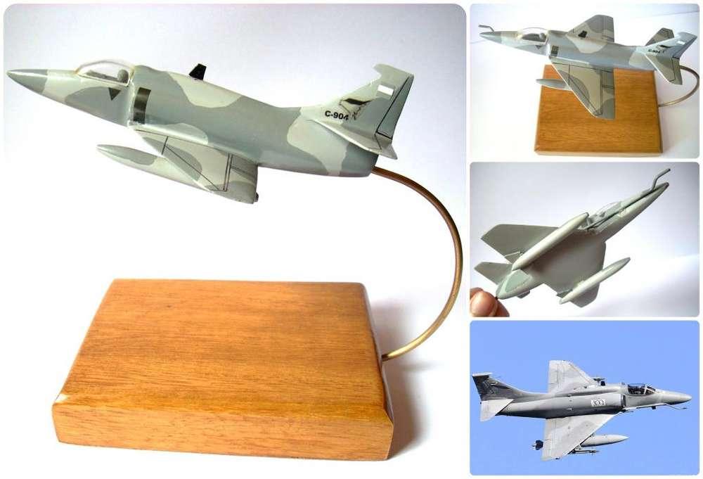 Maqueta Avión A4ar Resina Oficial