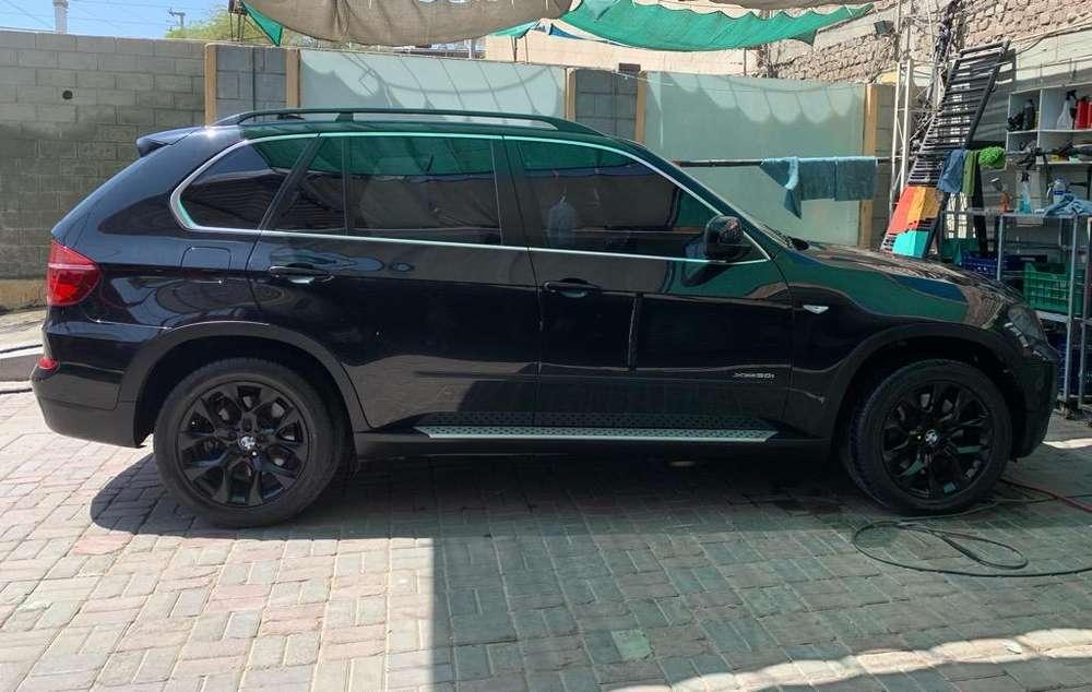 BMW X5 50i 2011 - 118000 km