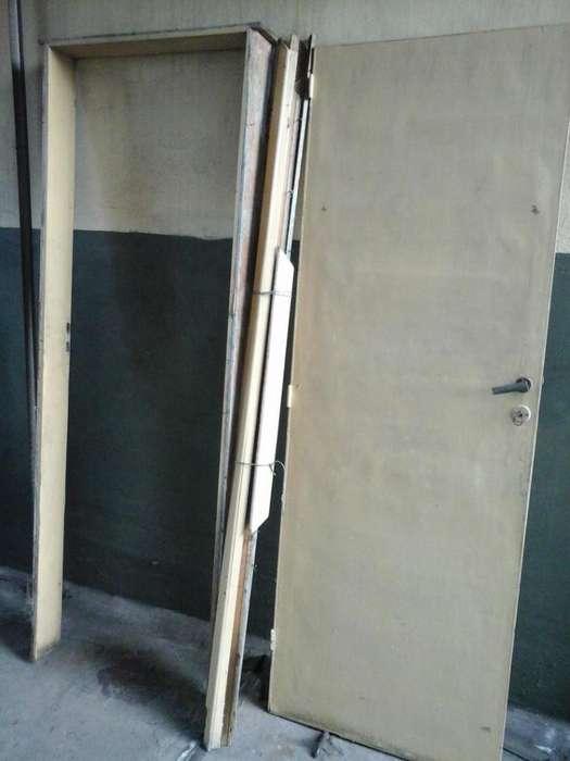 Puerta placa