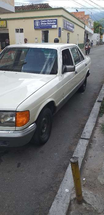 <strong>mercedes</strong>-Benz Clase S 1982 - 190000 km