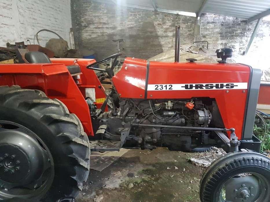 Vendo Tractor Ursus( Massey Ferguson)