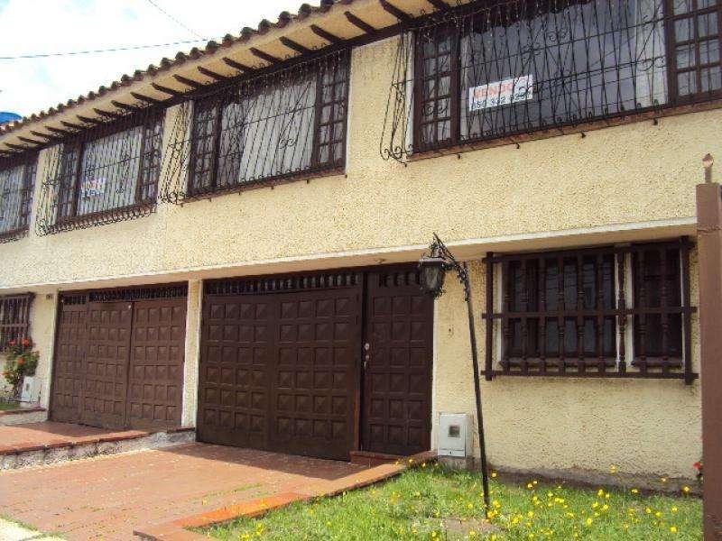 Casalote En Venta En Bogota Monaco Cod. VBPRE57184