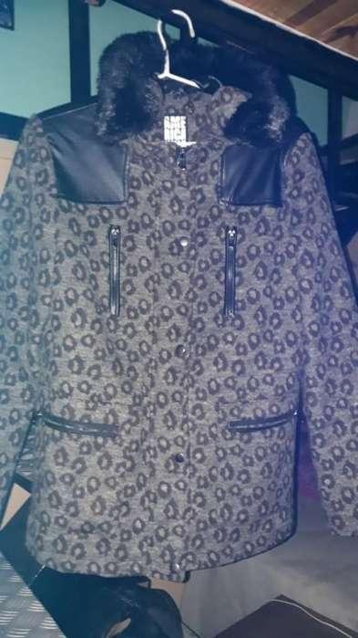 Campera Mujer Invierno Capucha Peluche Talle M