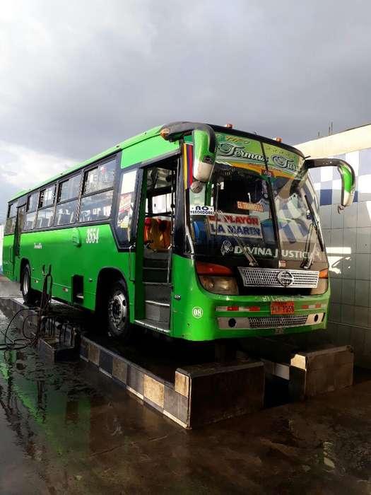 Se Vende Bus Hino Fg X Cambio de Unidad