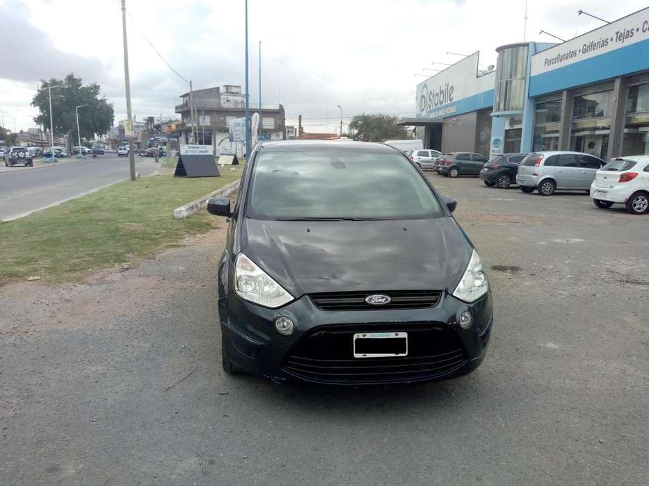 Ford S-Max  2010 - 44000 km