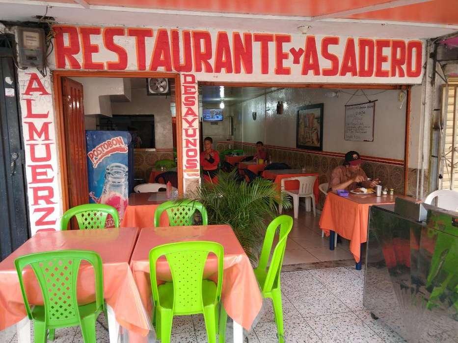 Excelente Restaurante 15 Años de Acredit