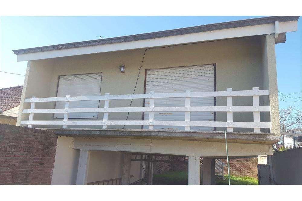 VENTA CASA/CHALET/PH 3 ambientes c/garaje y parque