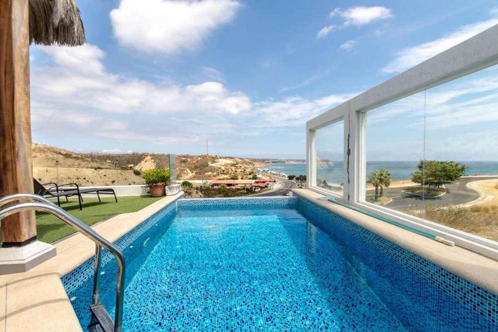 Casa estilo Malibu Beach en la Urbanización Ciudad del Mar, Manta