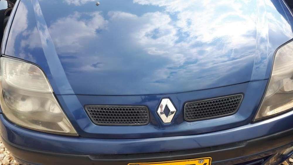 Renault Scenic  2006 - 132000 km