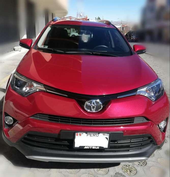 Toyota RAV4 2018 - 5600 km