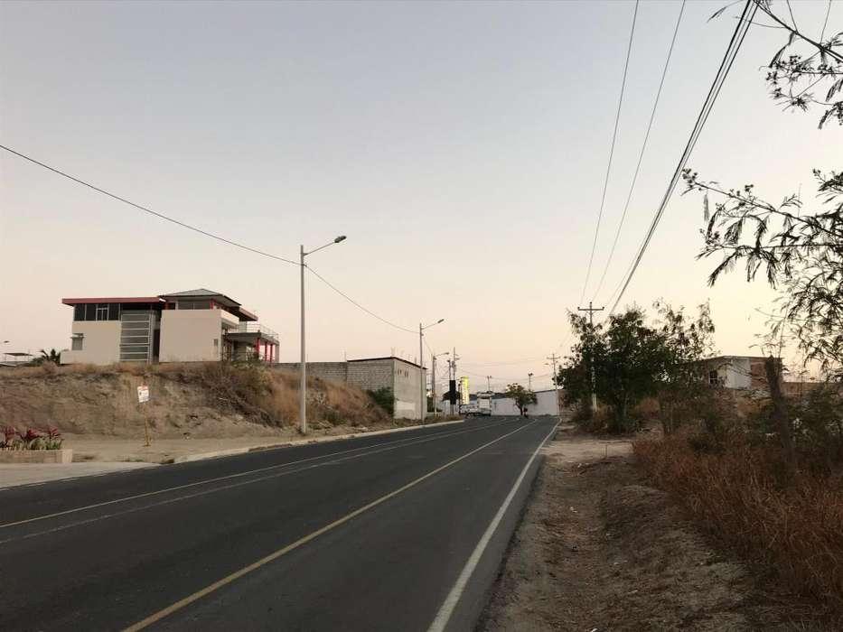Terreno comercial residencial para construir en Barbasquillo, Manta