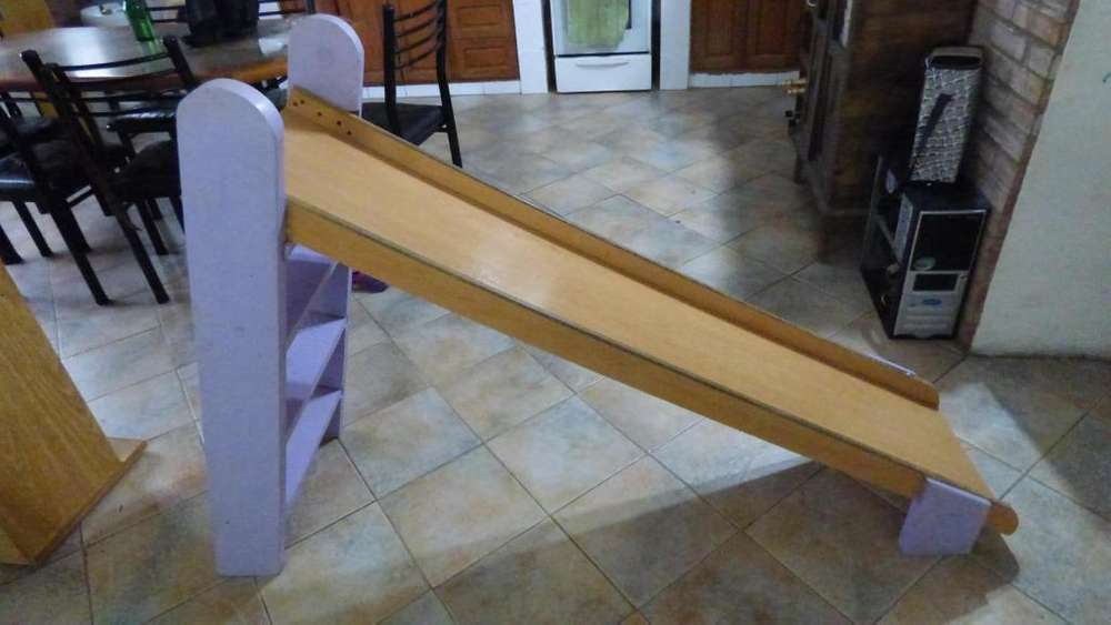 tobogan de madera!! excelente